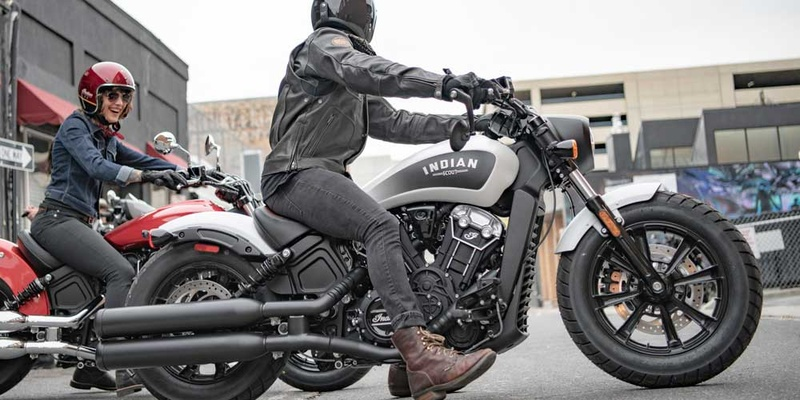 indian scout bobber krakow.jpg